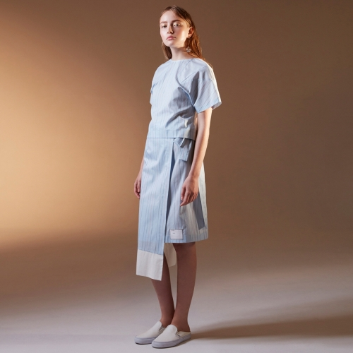 BE.ON.LEE (비온리) WRAP SKIRT [blue stripe]