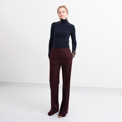 CONFIDENCE PANTS BURGUNDY<PIN-TUCKED FLARE PANTS>