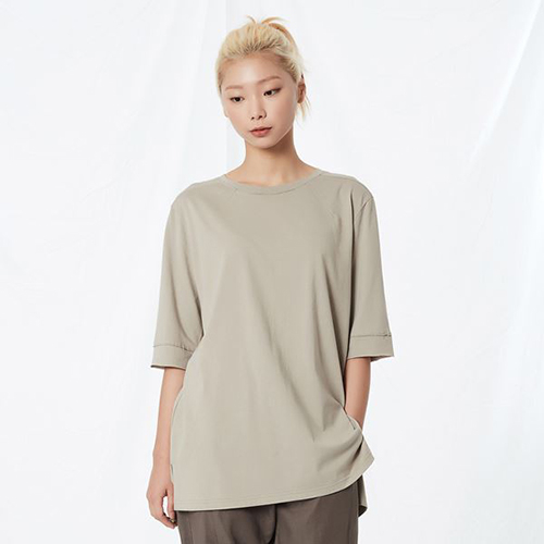 [리릭] RELAXED COTTON MID-SLEEVE BEIGE (WOMEN)
