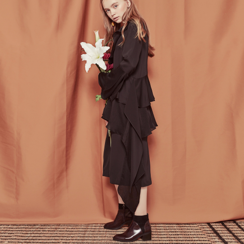 [블랭크]RUFFLE LONG DRESS-BLACK