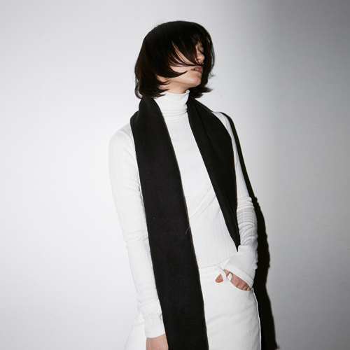 [호웰] HOWELL LINE TURTLENECK_IVORY