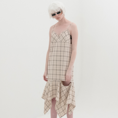 [비에이블투] Asymmetry Open Dress (BEIGE)