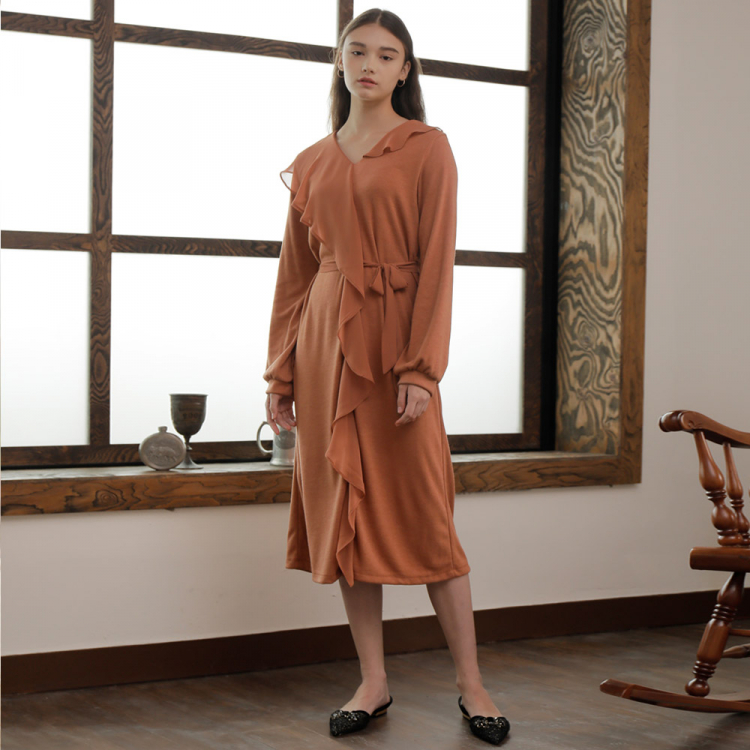 [와드로브] CHIFFON COLLAR ONE-PIECE_BROWN